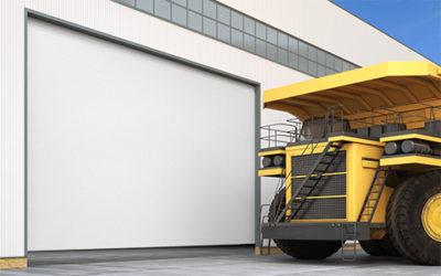 Промышленные секционные ворота из алюминиевых панелей